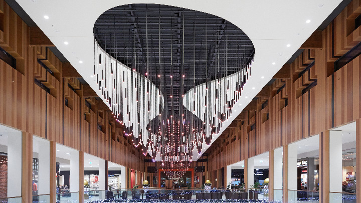 Glowing retail space featuring luminaires managed by Philips Dynalite control system - shopping experience